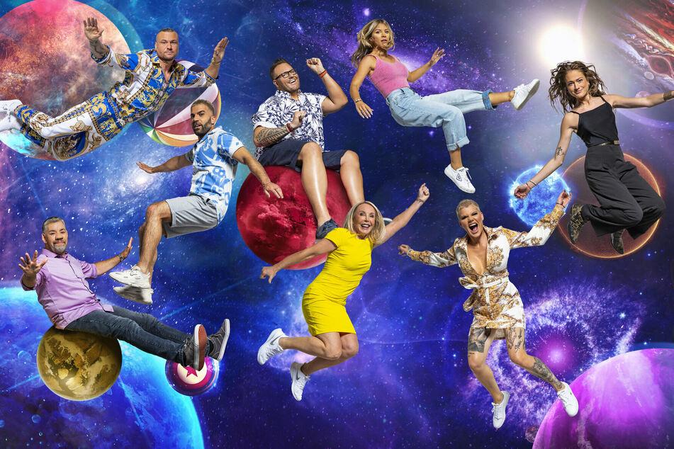 """Die bisherigen acht veröffentlichten """"Promi Big Brother""""-Astronauten."""