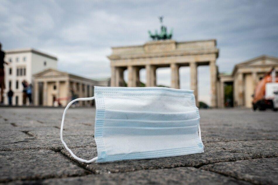 Berliner Corona-Ampel springt erneut einmal auf Rot! Fast 250 Neu-Infizierte