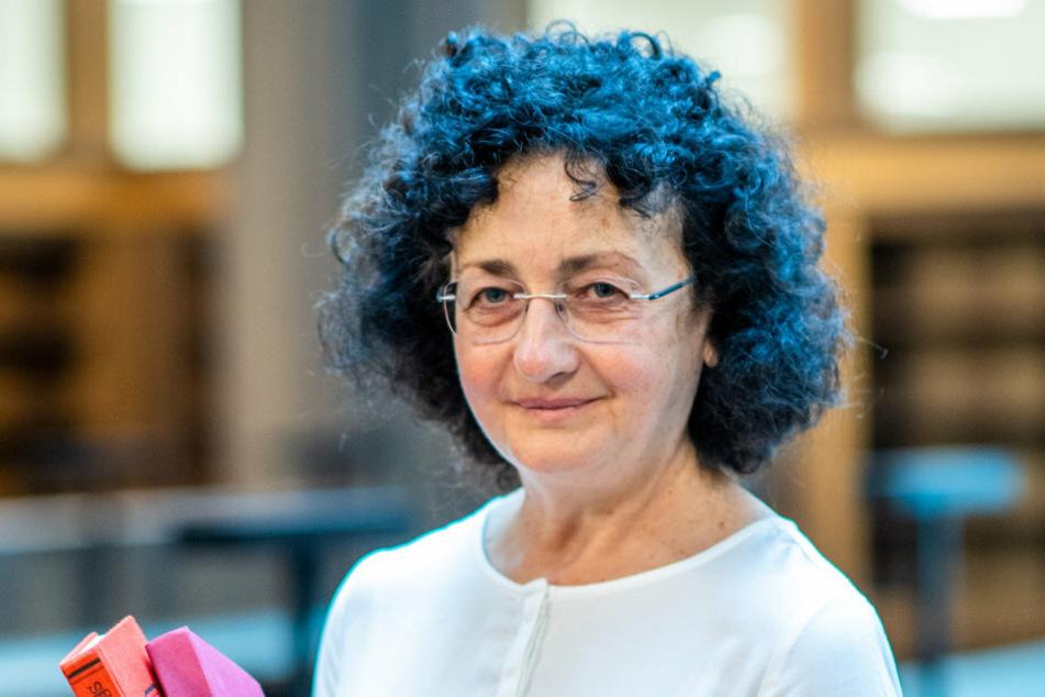 Bibliotheksdirektorin Angela Malz (59).