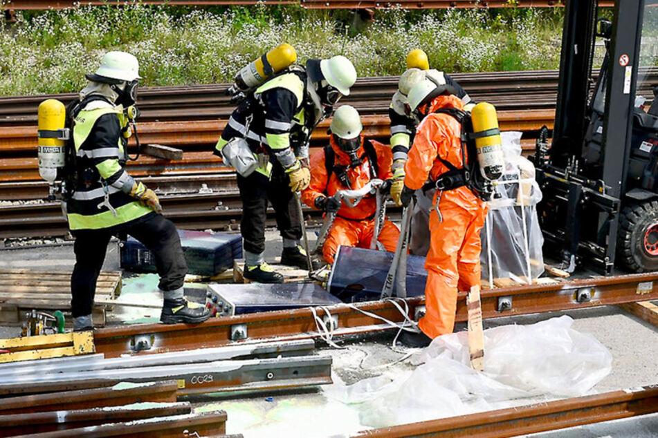 München: Sondereinsatz in München: Giftige Batteriesäure droht ins Grundwasser zu fließen