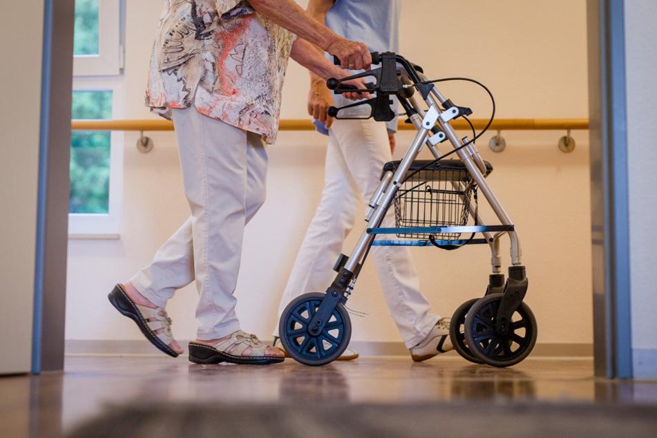 Riesen Problem: Bayern braucht in 30 Jahren 62.000 zusätzliche Pflegekräfte