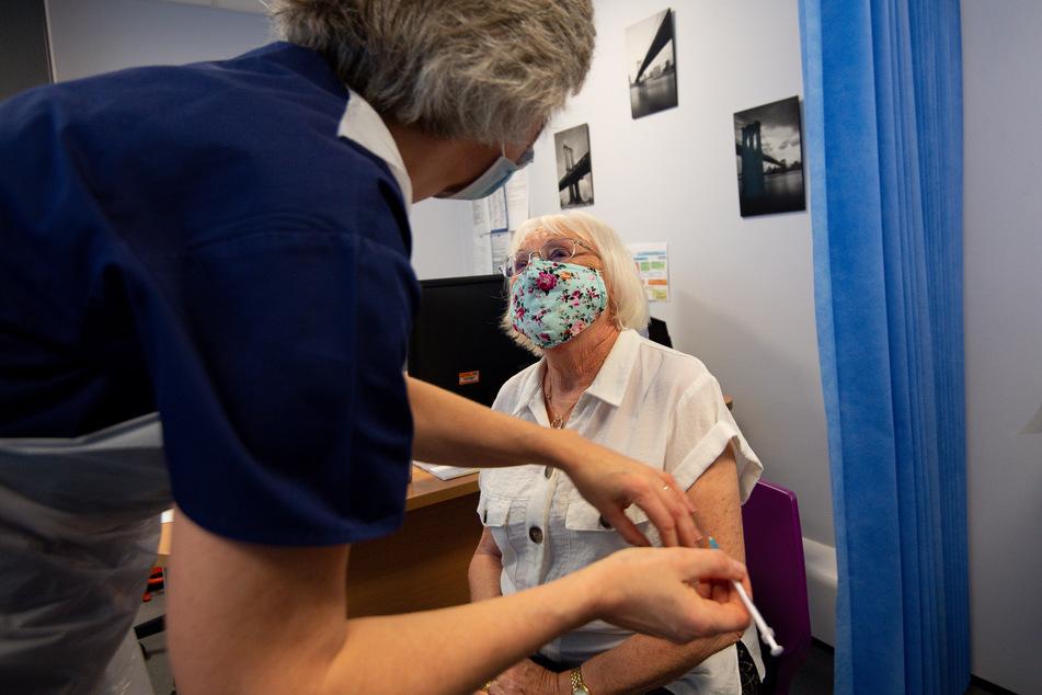 In Großbritannien haben die Corona-Impfungen bereits am 8. Dezember begonnen.