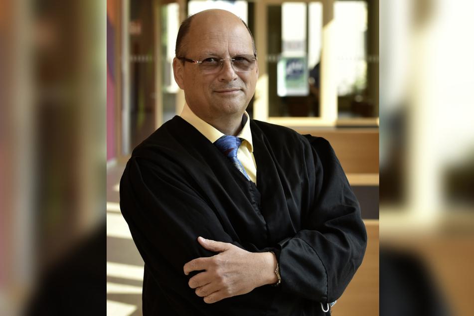 Anwalt Martin Braukmann (61) sprach für die Angeklagte, die selbst nicht zur Verhandlung kam.