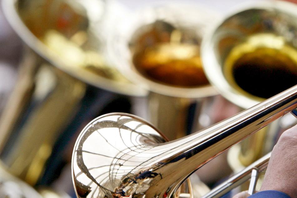 In den Schulen darf bald wieder gemeinsam musiziert und gesungen werden.