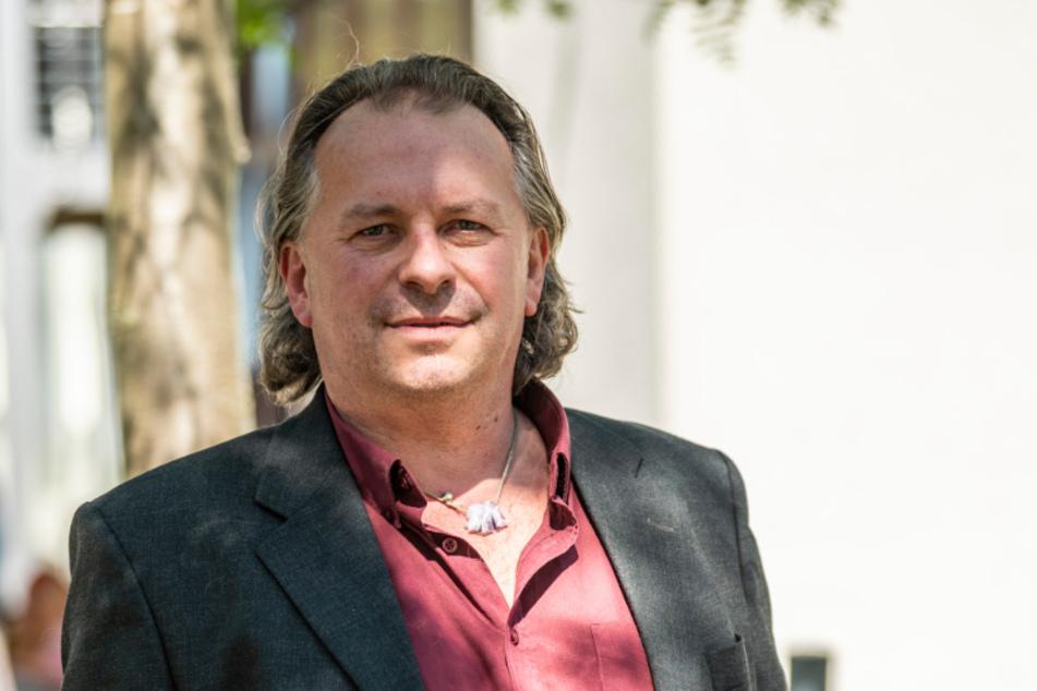 Unternehmer und Messe-Profi Hartmut Schäfer (52) hat die Besuchs-Box entwickelt und dem Matthias-Claudius-Haus gespendet.