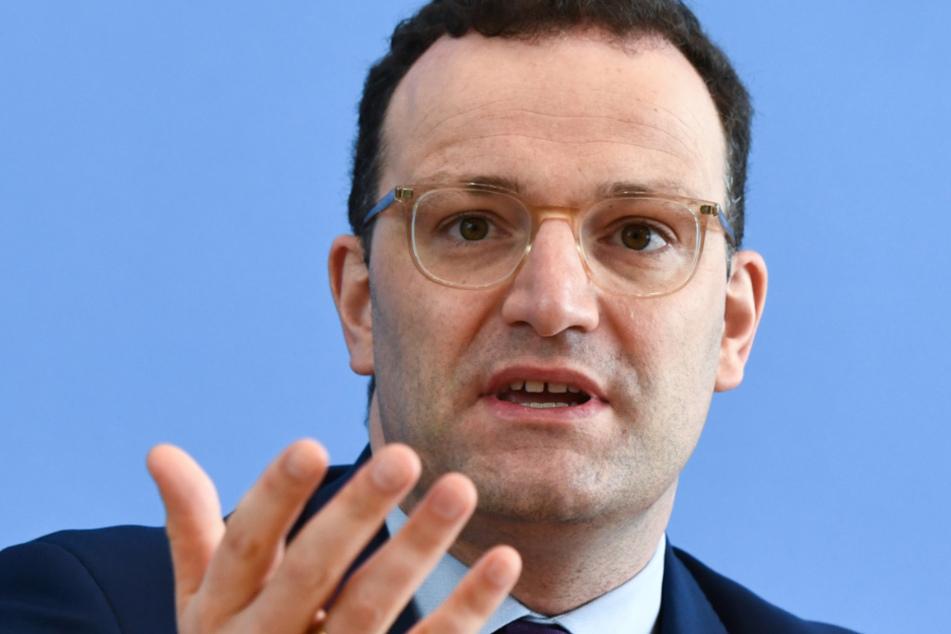 Das Foto vom 9. April zeigt Bundesgesundheitsminister Jens Spahn (CDU) auf einer Pressekonferenz in Berlin.