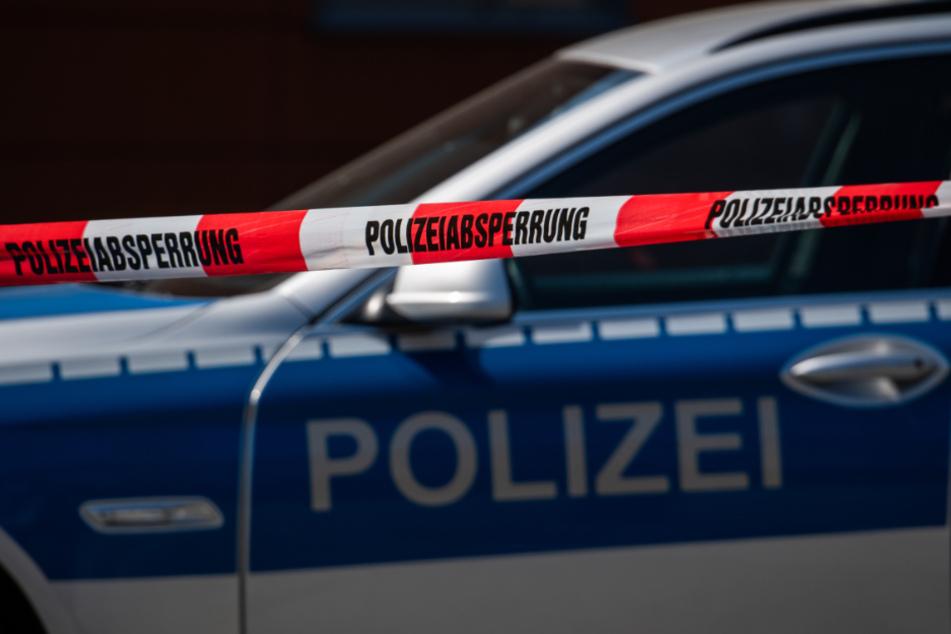 Hilfe-Schreie im Park: Polizisten finden Mann in Lebensgefahr