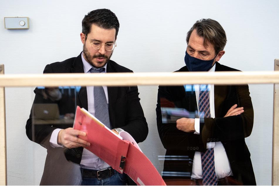 Die Rechtsanwälte des angeklagten Mannes, Benedikt Stehle (l.) und Andreas Schwarzer.