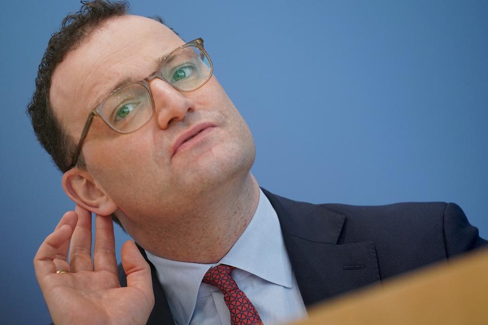 Jens Spahn fordert härteren Lockdown, um dritte Welle zu brechen