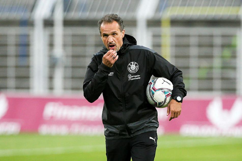 Almedin Civa, Trainer von Lok Leipzig, kam am Mittwochabend nicht über ein 2:2 in Rathenow hinaus. (Archivbild)