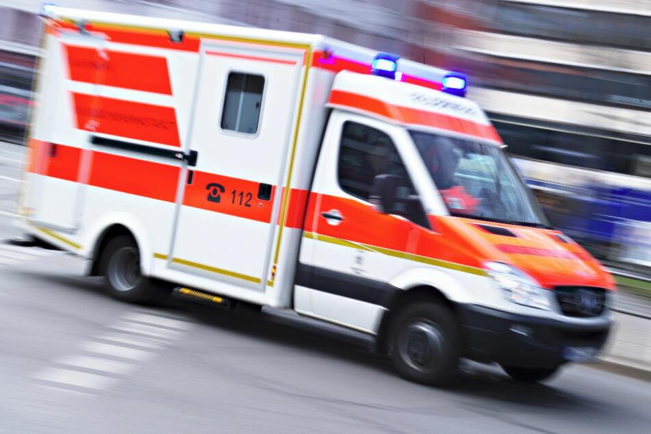 Bus muss Vollbremsung einleiten: Fünf Verletzte in Plauen