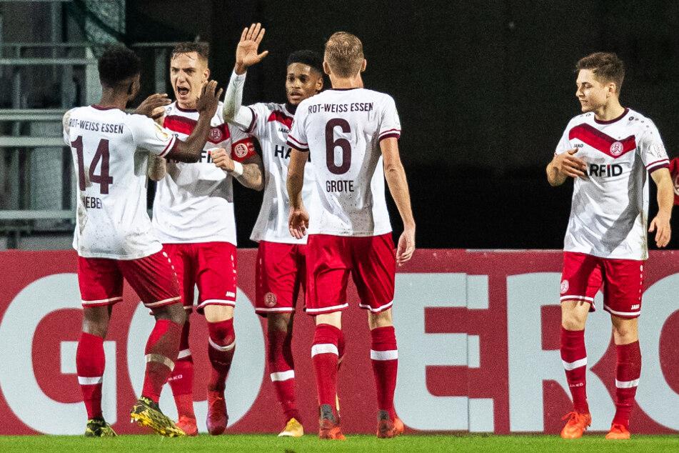 RWE durfte gleich drei Mal gegen Düsseldorf jubeln!