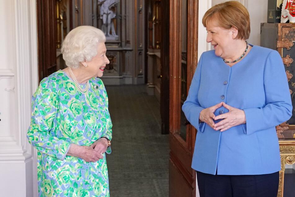 Am gestrigen Freitag: Angela Merkel (66, r.) trifft sich mit Königin Elizabeth II. (95) auf Schloss Windsor.