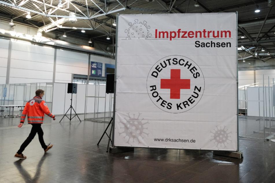 Noch keine individuellen Impftermine möglich: Rotes Kreuz bittet um Geduld