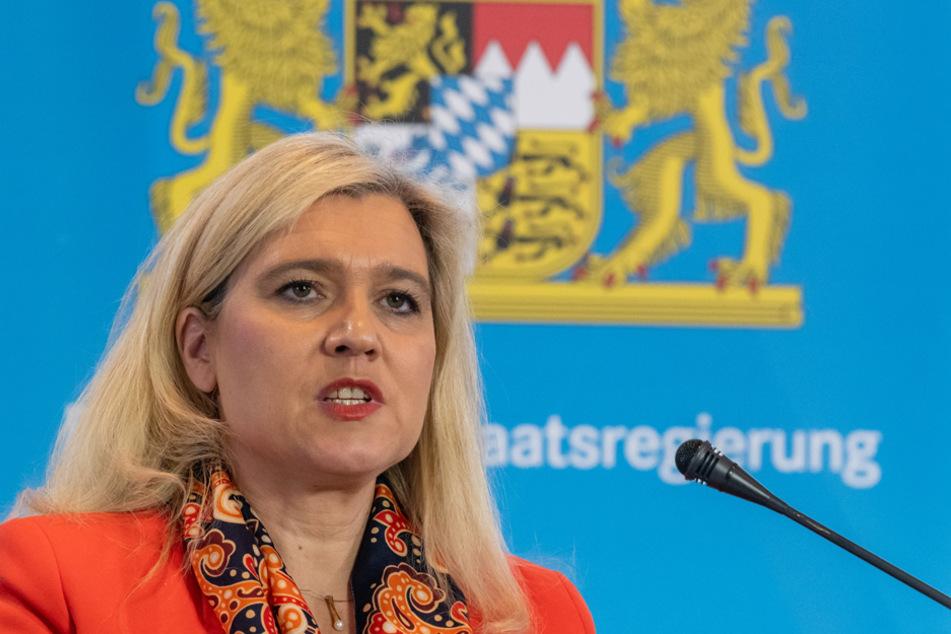 Bayerns Gesundheitsministerin Melanie Huml (CSU) dankte am 1. Weihnachtsfeiertag allen Helfern im Kampf gegen die Corona-Pandemie. (Archiv)