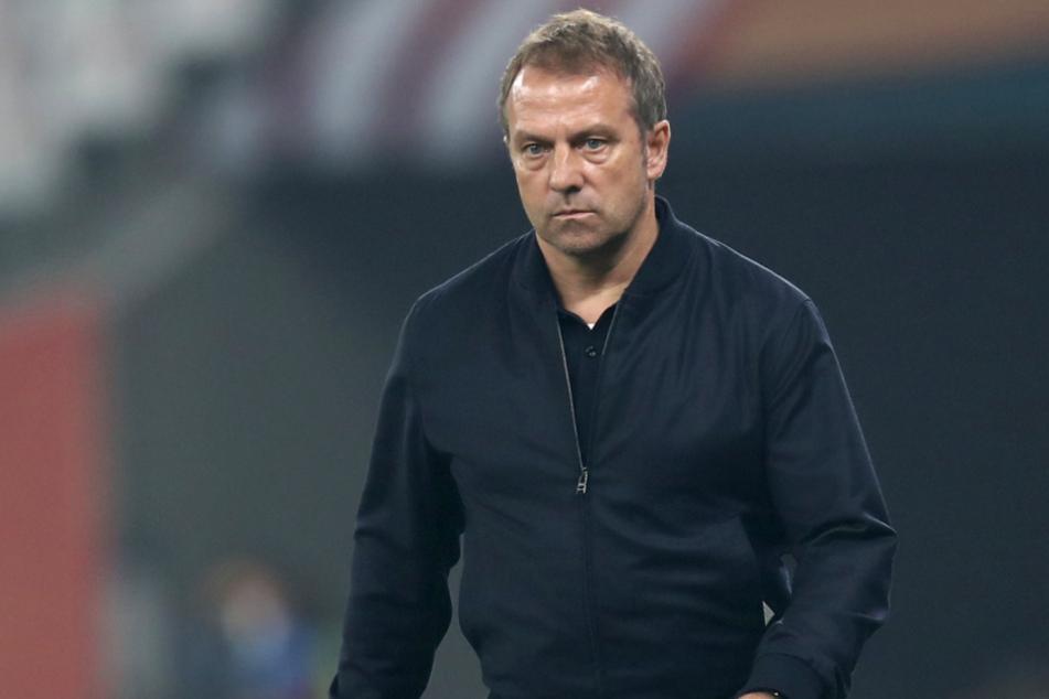 Hansi Flick (55) konnte mit dem FC Bayern München erst vor wenigen Tagen bei der Klub-Weltmeisterschaft in Katar Geschichte schreiben.