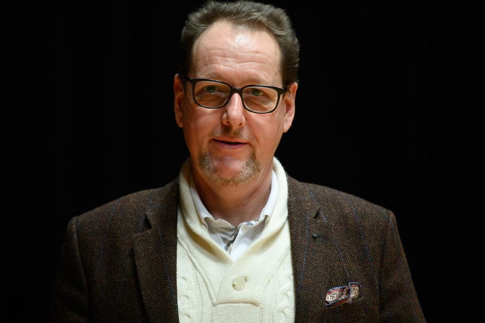 Intendant Peter Theiler (64).