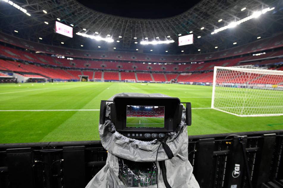 Fans der Regionalliga Nordost dürfen sich in den nächsten vier Jahren auf eine umfangreiche TV-Berichterstattung freuen. (Symbolbild)