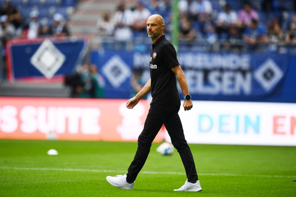 Trainer Alexander Schmidt (52) ist angetan von den bisherigen Auftritten seiner Dynamos in der 2. Bundesliga - und das nach dem Sieg gegen Ingolstadt und dem Unentschieden beim HSV völlig zu Recht.