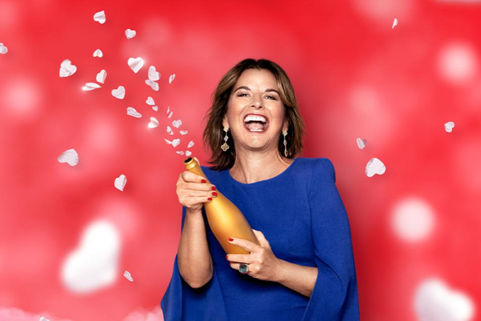 Auch in der Show hatte Claudia Obert meist ein Glas Champagner in der Hand.