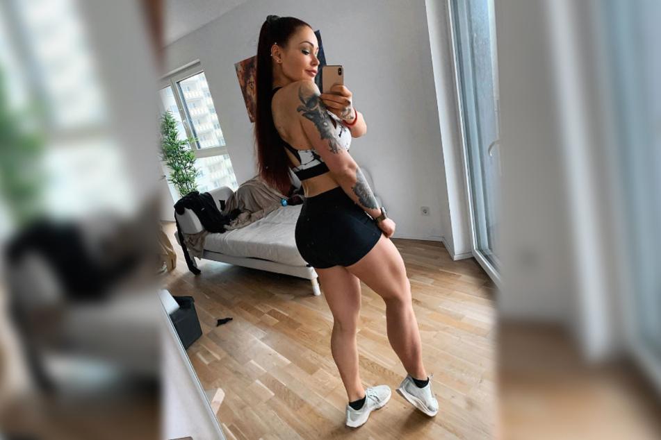 Die Fitness-Influencerin postet auf Instagram regelmäßig Bilder ihres durchtrainierten Körpers.