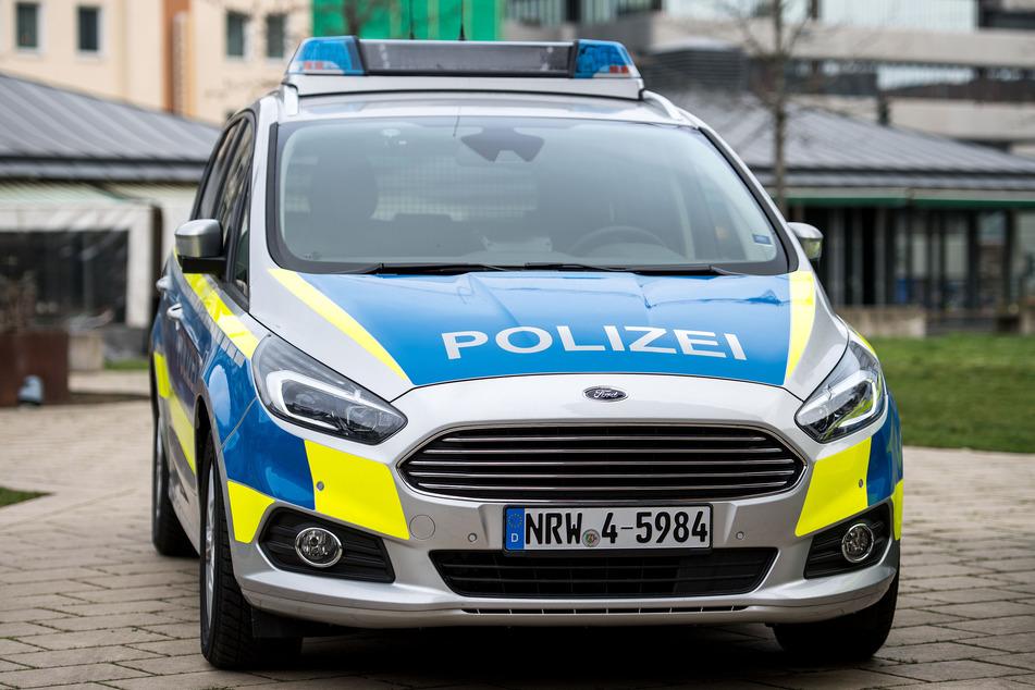 Die Flotte in Nordrhein-Westfalen wird seit 2019 auf Ford S-MAX als Streifenwagen und den Mercedes Vito als Van umgerüstet.