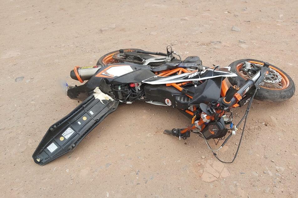 Bei einem schweren Unfall auf der B85 ist ein Motorradfahrer tödlich verletzt worden.