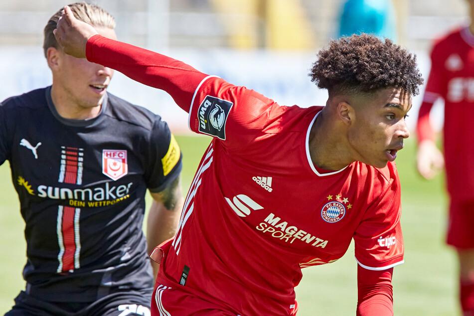 Julian Nagelsmann (33) soll Justin Che (17) für die Profis des FC Bayern München im Auge haben. Der Youngster muss aber zunächst zum FC Dallas zurück.