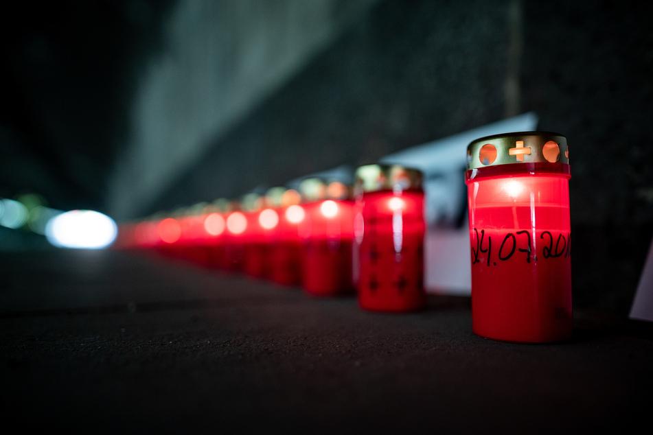 """""""Nacht der 1000 Lichter"""" erinnert an tödliches Loveparade-Unglück"""