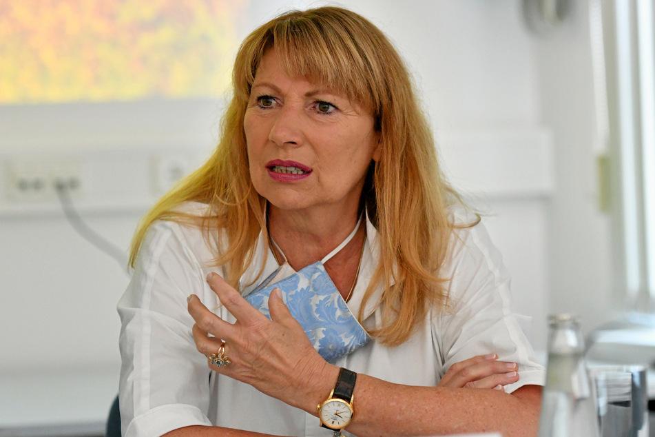 Für Sachsens Gesundheitsministerin Petra Köpping (62, SPD) ist das private Umfeld ein Hauptgrund für die vielen Corona-Infektionen im Erzgebirge.