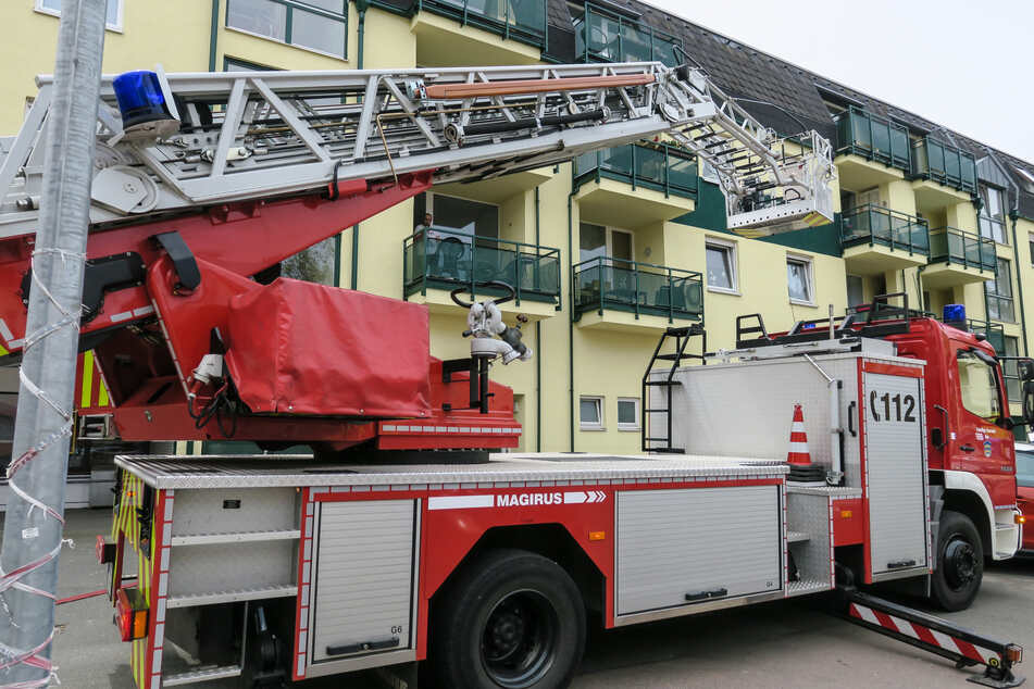In einer Küche im 2. Obergeschoss eines Mehrfamilienhauses war es zu einem Brand gekommen.
