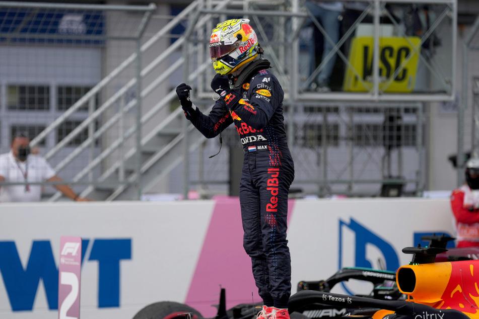 Raus mit der Freude. Max Verstappen siegt beim Heimrennen von Red Bull in der Steiermark.