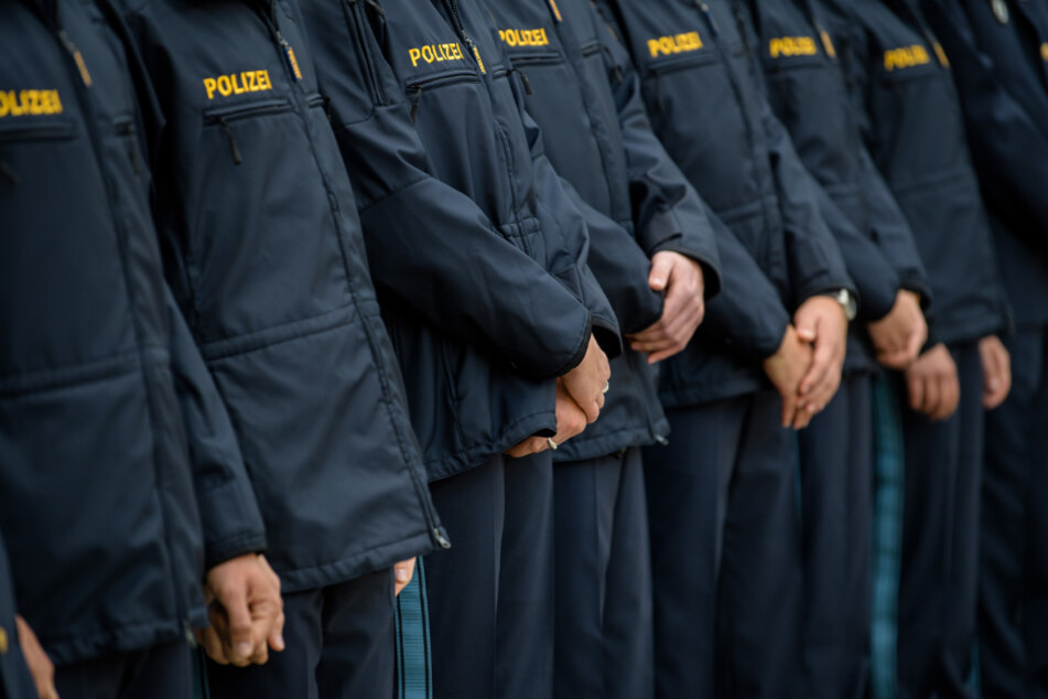 Verkürzte Polizei-Ausbildung wegen Corona: Bereitschaftspolizei schlägt Alarm!