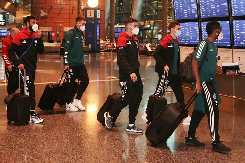 Mehrere Stunden Verspätung: Die Chaos-Chronik der vermasselten Flugreise des FC Bayern