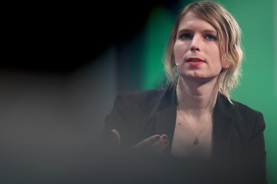 Die US-Justiz wirft Assange vor, der Whistleblowerin Chelsea Manning (33) geholfen zu haben, geheimes Material von US-Kriegseinsätzen zu veröffentlichen.