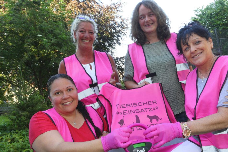 """""""Pink Ladies"""": Diese Frauen geben alles, damit kein Tier einfach auf der Strecke bleibt"""