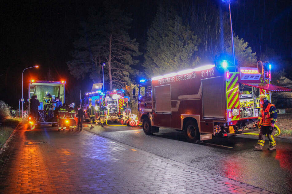 Gartenhütte in Egelsbach in Flammen