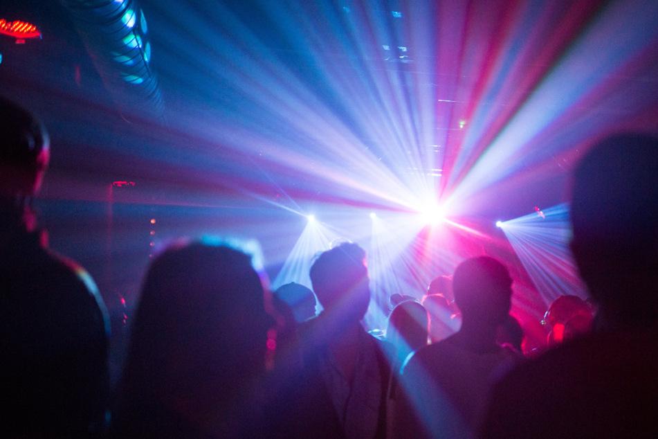 Privatfeiern in Kneipen und Discos erlaubt, doch der Teufel liegt im Detail