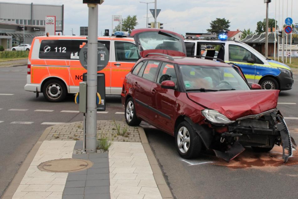 Zwei Personen bei Unfall in Leipzig verletzt