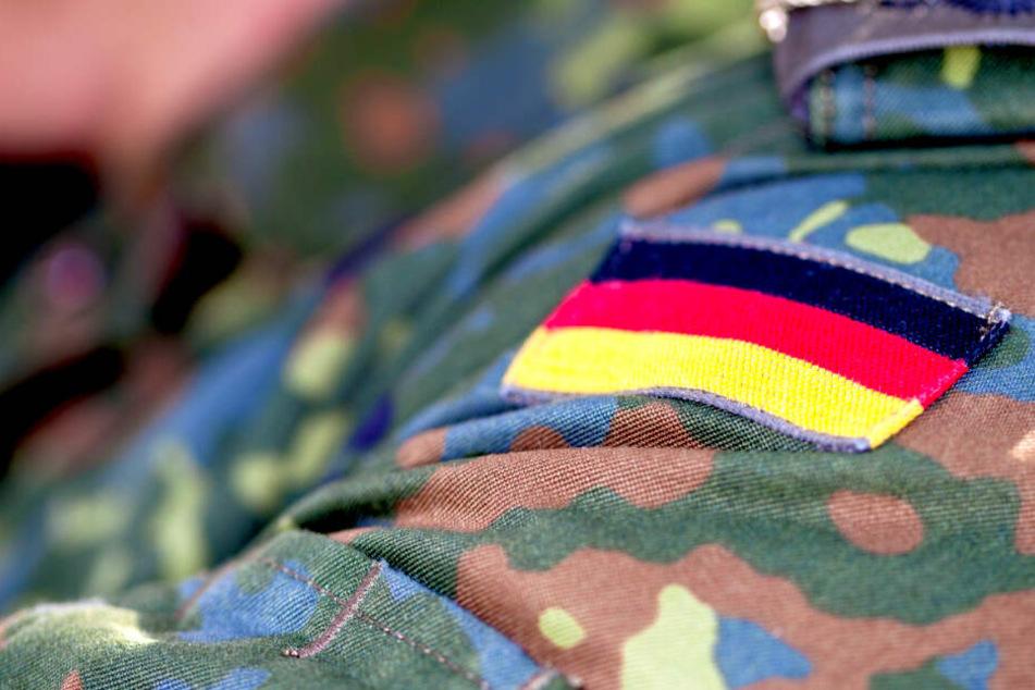 Rechtsextreme Verbindungen: Bundeswehr-Hausmeister klagt gegen Kündigung!