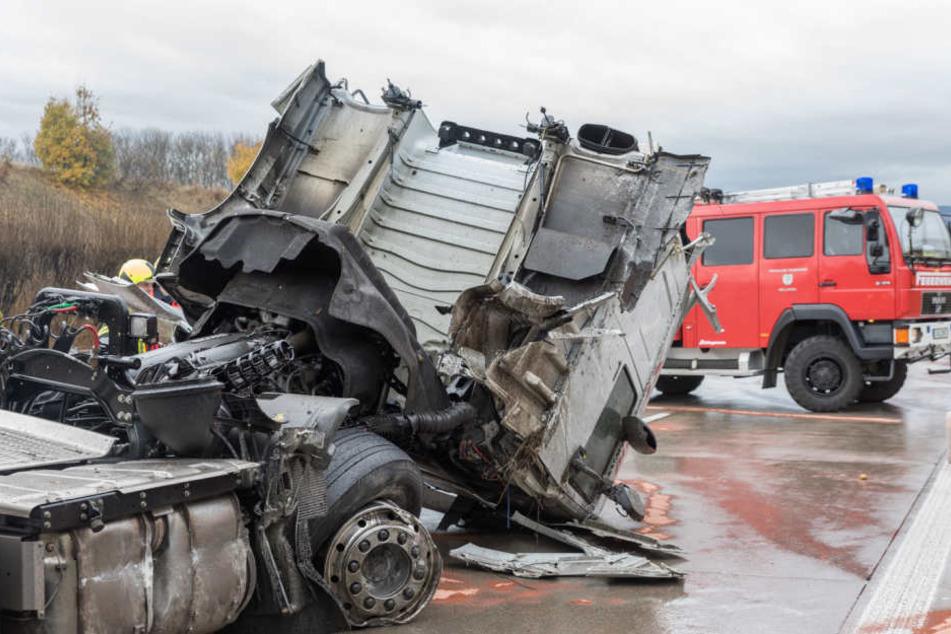 Insgesamt entstand ein Sachschaden von mehr als 80.000 Euro.