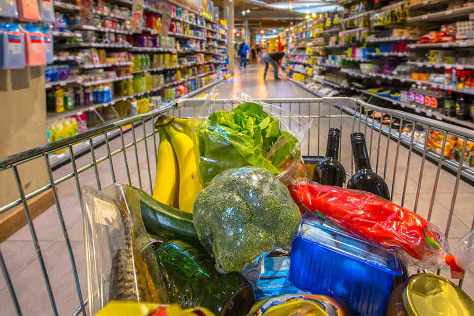 Kunden müssen in der Regel für Ware, die sie im Supermarkt beschädigen, haften. Doch viele Einzelhändler lassen Kulanz walten.