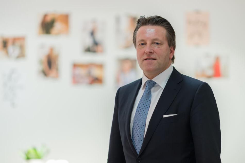 Das Unternehmen, geleitet von CEO Ralf Weber, befindet sich tief in der Krise.