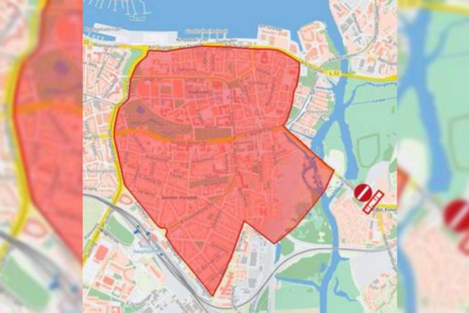 Der Bereich rund um die Rostocker Innenstadt wurde zum Sperrbezirk erklärt.