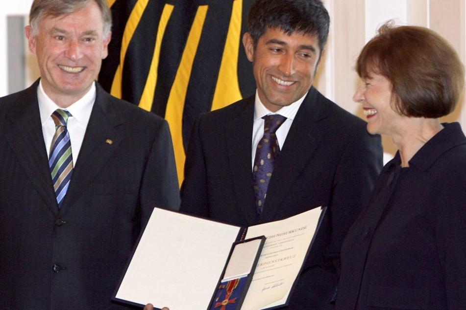 Bereits 2007 erhielt Ranga Yogeshwar das Bundesverdienstkreuz aus den Händen des damaligen Bundespräsidenten Horst Köhler.