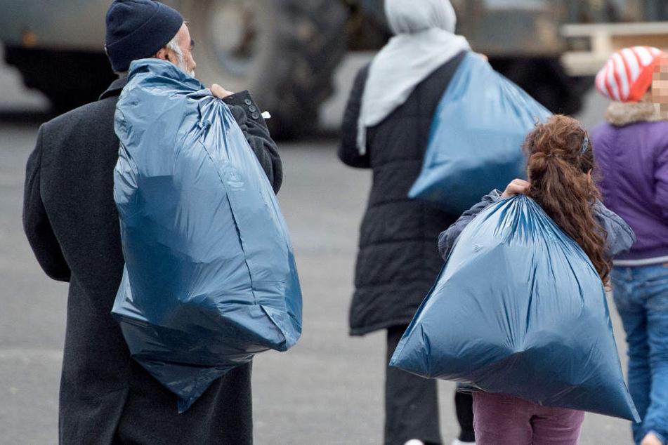 Bis zu 2600 Flüchtlinge könnten von der Neuregelung betroffen sein (Symbolbild).