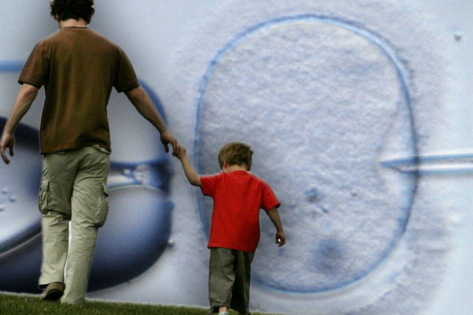 Gericht: Samenbank muss Kind Auskunft über Vater geben