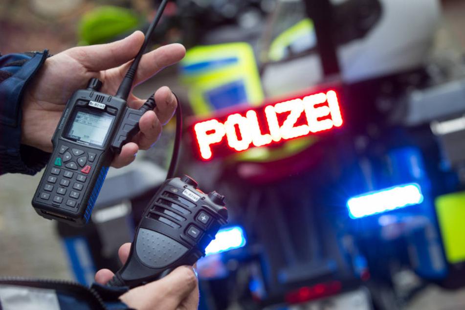 Ein neues kabelloses Bluetooth-Sprechfunkgerät ist für den Einsatz auf einem Elektro-Polizeimotorrad konzipiert worden.