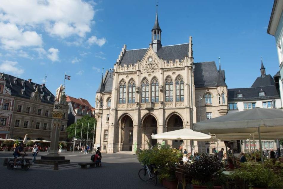 """In Erfurt steht neben dem """"Hochzeitshaus"""" auch der Festsaal im Rathaus für Trauungen zur Verfügung."""