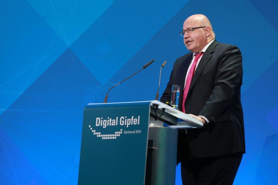 Unter anderem fordert der CDU-Politiker eine Verkleinerung des Bundertags.